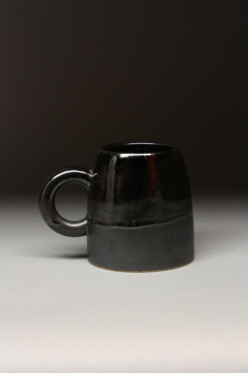 Schroeder/Matte Black Pod Mug